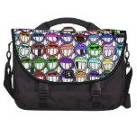 Arte sonriente de mueca divertido colorido del dib bolsas para portátil