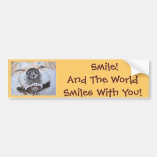arte sonriente lindo divertido del perro del reali pegatina de parachoque