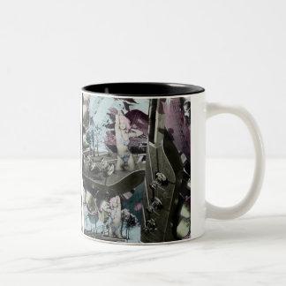 Arte surrealista del paisaje de la guitarra en taza de café de dos colores