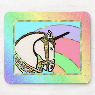 Arte único del arco iris con oro alfombrilla de ratones