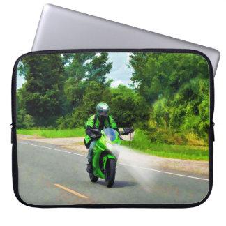 Arte verde del montar a caballo de la carretera de funda ordendadores