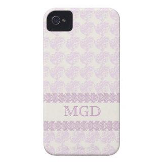 Arte y monograma florales en sombras del rosa iPhone 4 Case-Mate protector