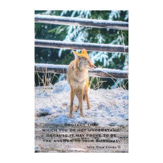 Arte y poema femeninos de la foto del coyote y de impresión en lona estirada