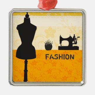 Artes de la moda del día de fiesta que cosen adorno navideño cuadrado de metal