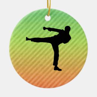 Artes marciales adorno navideño redondo de cerámica