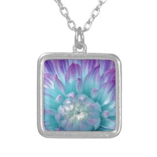 Artículo azul y púrpura del regalo de la dalia collar plateado