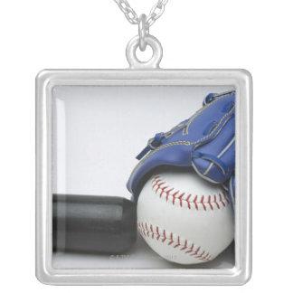 Artículos del béisbol colgante cuadrado