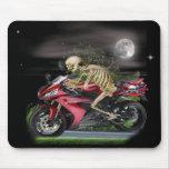 Artículos esqueléticos de la motocicleta alfombrillas de ratones
