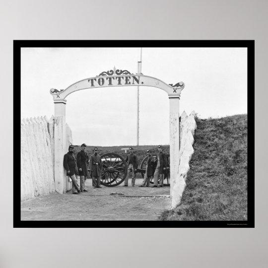 Artillería pesada en la puerta del fuerte Totten 1 Póster