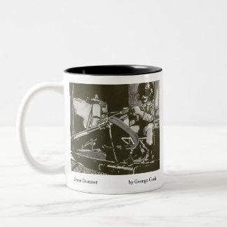Artillero de la puerta taza de café