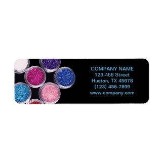 artista de maquillaje colorido del salón de etiqueta de remitente