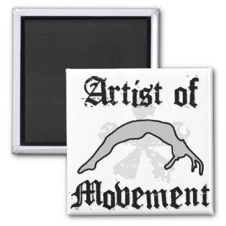 Artista del movimiento que cae imán cuadrado