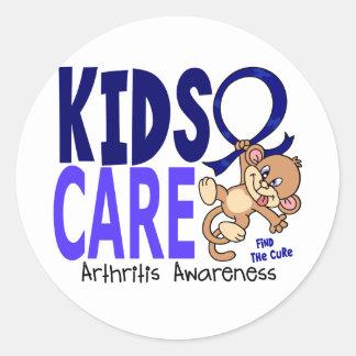 Artritis del cuidado 1 de los niños etiqueta redonda