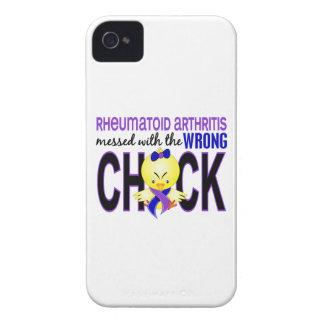 Artritis reumatoide ensuciada con el polluelo iPhone 4 Case-Mate cárcasas