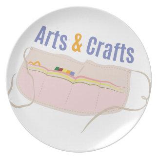 Arts & Crafts Dinner Plate