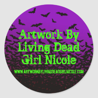 Artwork By Living Dead Girl Nicole W/Link Batty St Classic Round Sticker