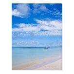 Aruba, playa y mar postal