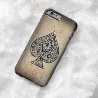 As artístico retro del póker del Grunge fresco de Funda Para iPhone 6 Barely There