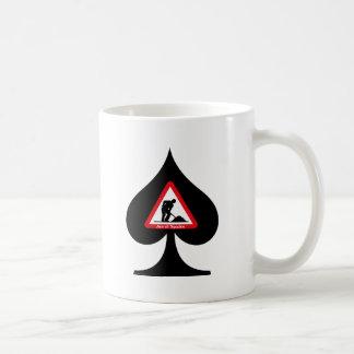 As de espadas taza de café