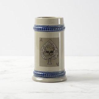 As de la cerveza decorativa Stein de las espadas Taza De Café