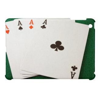 As de la mano que ganan cuatro iPad mini coberturas