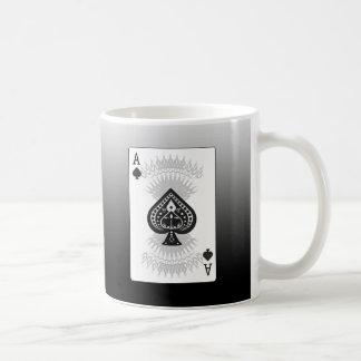 As de la tarjeta del póker de las espadas: taza básica blanca
