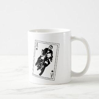 As del corredor del café de las espadas taza