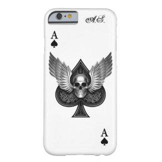 As del cráneo del caso del iPhone 6 de las espadas Funda De iPhone 6 Barely There