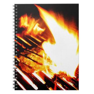 Asado a la parilla del filete cuadernos
