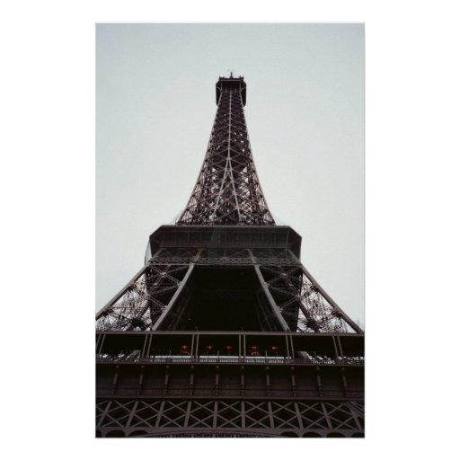 Ascendente cercano de la torre Eiffel Impresiones