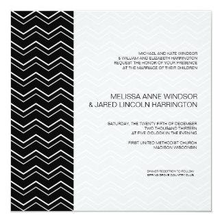 """Asequible moderno blanco y negro intrépido de invitación 5.25"""" x 5.25"""""""