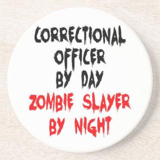 Asesino correccional del zombi del oficial posavasos de arenisca