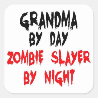 Asesino del zombi de la abuela pegatinas cuadradas