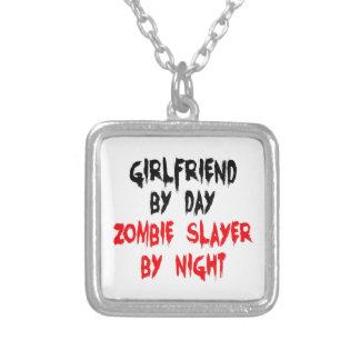 Asesino del zombi de la novia colgante cuadrado