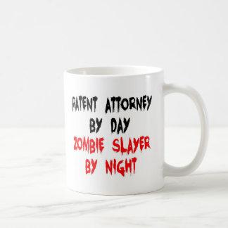 Asesino del zombi del abogado de patentes taza clásica