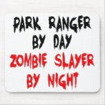 Asesino del zombi del guarda del parque alfombrillas de ratón
