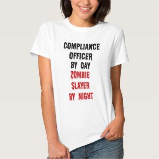 Asesino del zombi del oficial de la conformidad remeras
