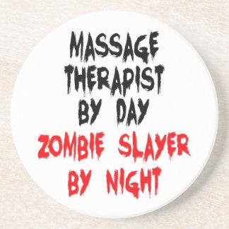 Asesino del zombi del terapeuta del masaje posavaso para bebida