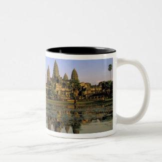 Asia, Camboya, Siem Reap. Angkor Wat. 2 Taza De Café De Dos Colores