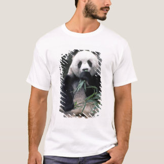 Asia, China, Chundu, Giant panda T-Shirt