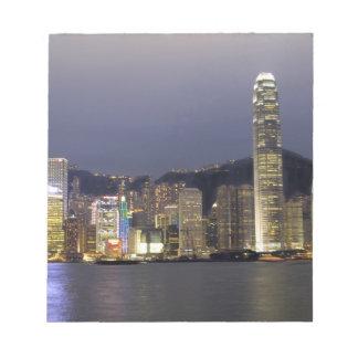 Asia, China, Hong Kong, horizonte de la ciudad y 2 Bloc De Notas