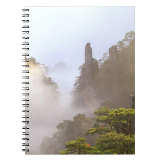 Asia, China, Huanshan. La montaña amarilla adentro Libro De Apuntes