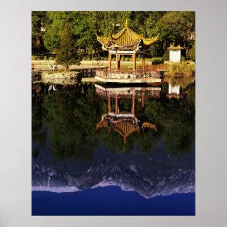 Asia, China, Yunnan, Dali. Montañas de Cangshan Póster