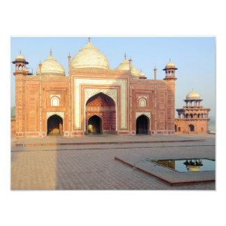 Asia, India, Uttar Pradesh, Agra. On the Photo Art