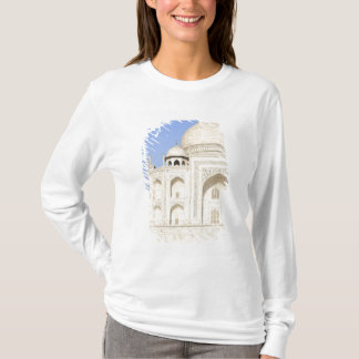 Asia, India, Uttar Pradesh, Agra. The Taj 2 T-Shirt