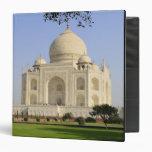 Asia, India, Uttar Pradesh, Agra. The Taj 7 Binders
