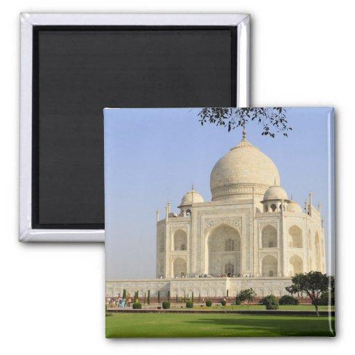 Asia, India, Uttar Pradesh, Agra. The Taj 7 Magnet