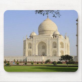 Asia, India, Uttar Pradesh, Agra. The Taj 7 Mouse Pad