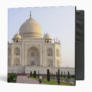 Asia, India, Uttar Pradesh, Agra. The Taj 8 Binder