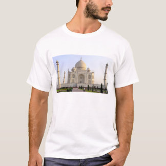 Asia, India, Uttar Pradesh, Agra. The Taj 8 T-Shirt